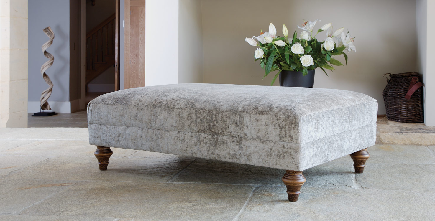 Claudius footstool