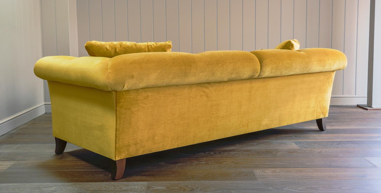 Shelley sofa